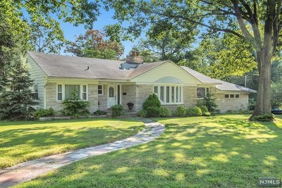 Clifton Single Family Home For Sale: 79 Witherspoon Road