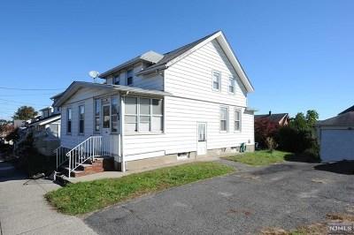 Totowa Single Family Home For Sale: 62 Washington Place