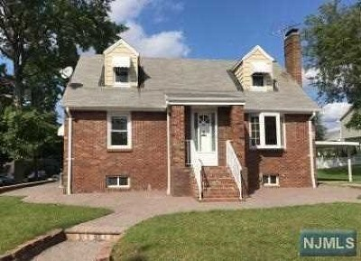 Saddle Brook Single Family Home For Sale: 189 South Street