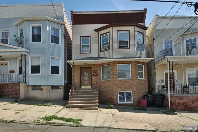 Hudson County Multi Family 2-4 For Sale: 107 Hoyt Street