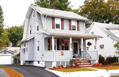 Bergenfield Single Family Home For Sale: 33 Phelps Avenue