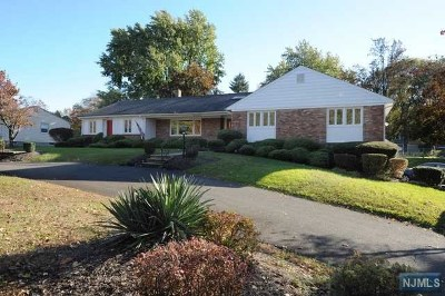 Wayne Single Family Home For Sale: 1071 Preakness Avenue