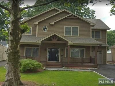 Maywood Single Family Home For Sale: 72 Lafayette Avenue