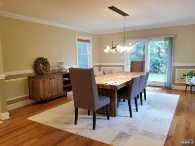 River Edge Single Family Home For Sale: 550 Monroe Court