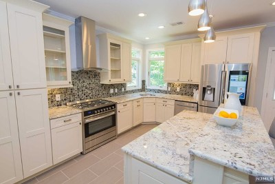Essex County Single Family Home For Sale: 5 Roosevelt Terrace