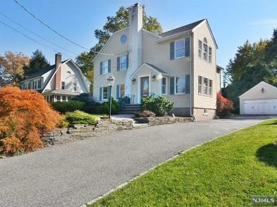 Glen Rock Single Family Home For Sale: 8 Warren Place