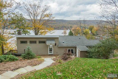 West Milford Single Family Home For Sale: 793 East Shore Road