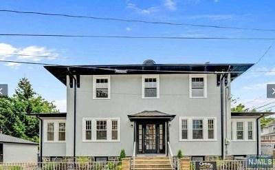 Cliffside Park Single Family Home For Sale: 538 Longview Avenue