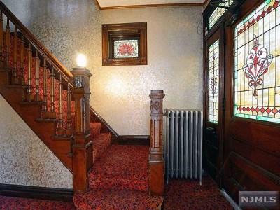 Hudson County Multi Family 2-4 For Sale: 923 Castle Point Terrace