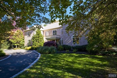 Wyckoff Single Family Home For Sale: 730 Charnwood Drive