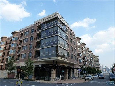 West New York Condo/Townhouse For Sale: 20 Ave At Port Imperial #228