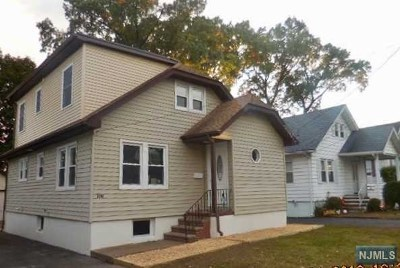Hawthorne Single Family Home For Sale: 108 Kingston Avenue