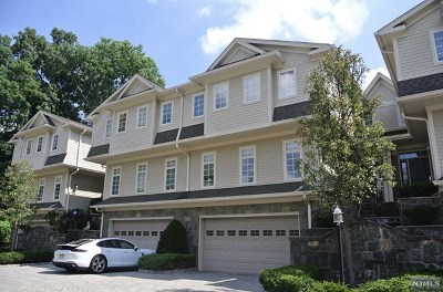 Tenafly Condo/Townhouse For Sale: 5 Kensington Court #5