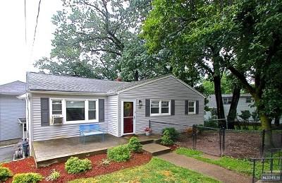 Hawthorne Single Family Home For Sale: 2 Crist Avenue