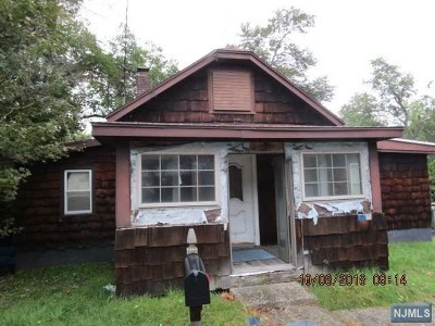 Wayne Single Family Home For Sale: 129 Terhune Drive