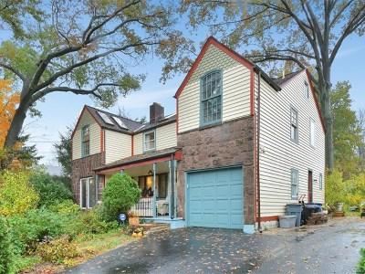 Fair Lawn Single Family Home For Sale: 1-08 Morlot Avenue