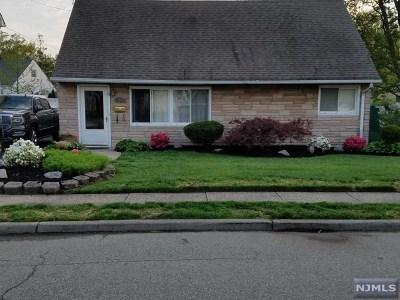 Totowa Single Family Home For Sale: 167 Stewart Terrace
