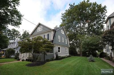 Ridgewood Single Family Home For Sale: 212 Kenilworth Road