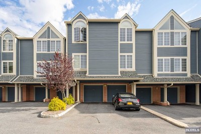 Ramsey Condo/Townhouse For Sale: 109 Surrey Court