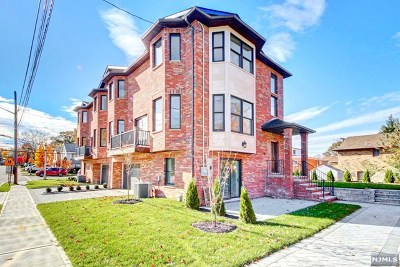 Fort Lee Condo/Townhouse For Sale: 431 Brinkerhoff Avenue #B