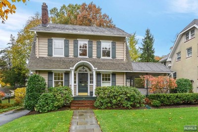 Essex County Single Family Home For Sale: 12 Wellesley Road