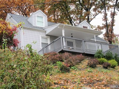 Hawthorne Single Family Home For Sale: 298-300 Goffle Road