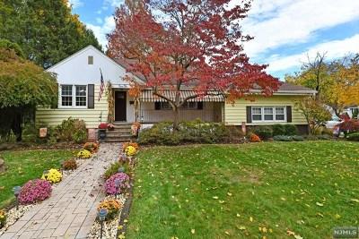 Oradell Single Family Home For Sale: 410 Primrose Avenue