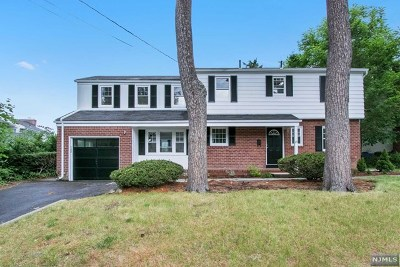 Tenafly Single Family Home For Sale: 85 Oak Street