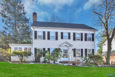 Englewood Single Family Home For Sale: 94 Glenwood Road