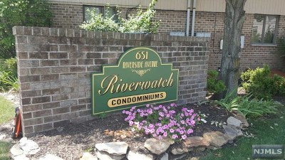 Lyndhurst Condo/Townhouse For Sale: 651 Riverside Avenue #B17