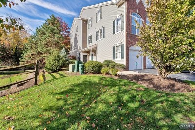 Clifton Condo/Townhouse For Sale: 219 Riverwalk Way