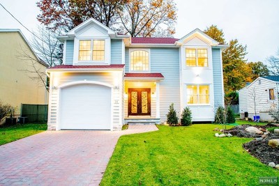 Tenafly Single Family Home For Sale: 14 Cambridge Road