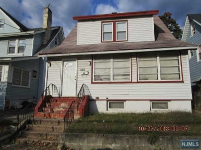 Paterson Single Family Home For Sale: 856 East 24th Street