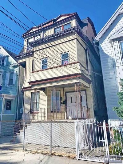 Essex County Multi Family 2-4 For Sale: 138 Wakeman Avenue