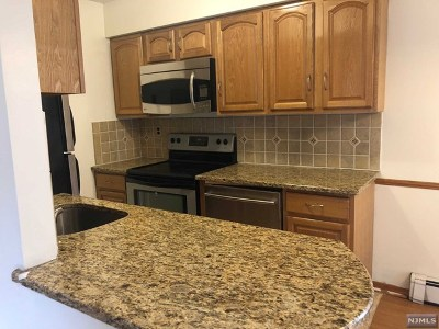 Ridgefield Park Condo/Townhouse For Sale: 89-93 Teaneck Road