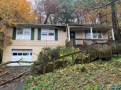 Oakland Single Family Home For Sale: 552 Ramapo Valley Road