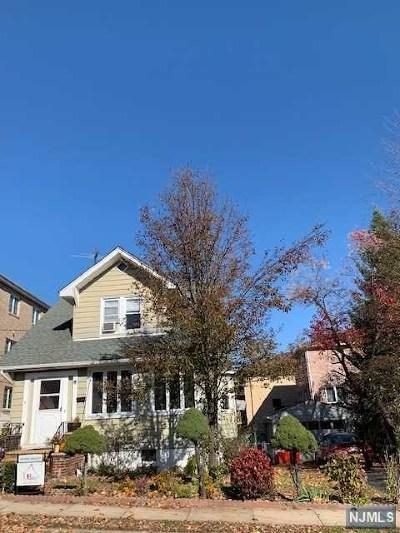 Cliffside Park Single Family Home For Sale: 457 Lafayette Avenue