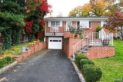 Essex County Single Family Home For Sale: 8 Astor Place