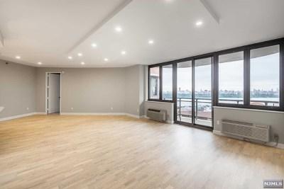 Cliffside Park NJ Condo/Townhouse For Sale: $595,000