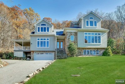 Ringwood Single Family Home For Sale: 5 Yuma Lane