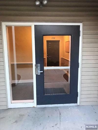 Passaic Condo/Townhouse For Sale: 435 Van Houten Avenue #103