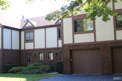 Cresskill Condo/Townhouse For Sale: 70 Linwood Avenue