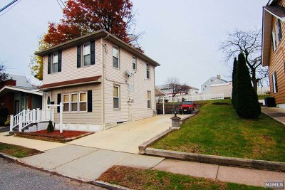 Essex County Single Family Home For Sale: 64 Center Street