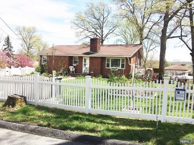 Passaic County Single Family Home For Sale: 48 Prospect Road
