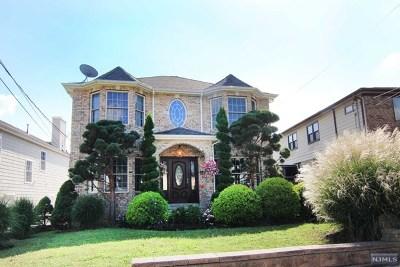 Lyndhurst Single Family Home For Sale: 666 Ten Eyck Avenue