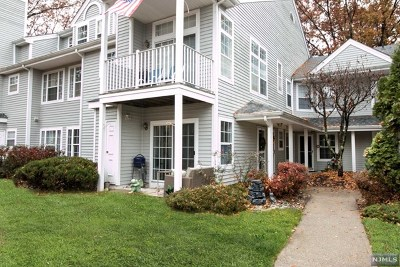 Mahwah Condo/Townhouse For Sale: 1228 Richmond Road
