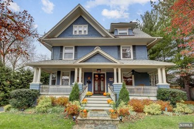 Ridgewood Single Family Home For Sale: 69 Sherman Place