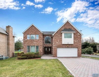 Cresskill Single Family Home For Sale: 296 County Road