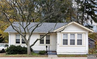 Fair Lawn Single Family Home For Sale: 15 Smith Avenue