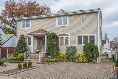 Ridgefield Single Family Home For Sale: 725 Hamilton Avenue
